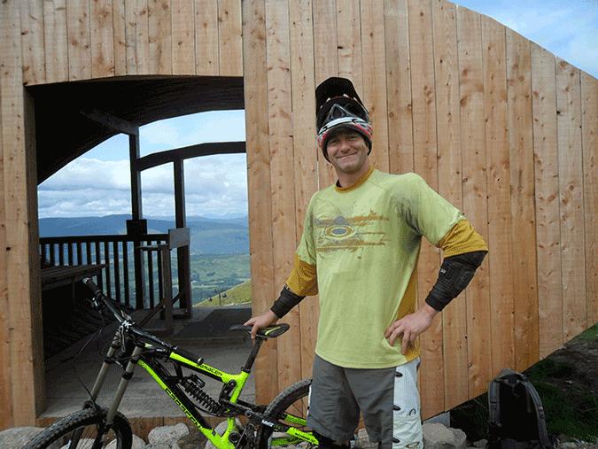 colin macgregor downhill mountain bike scotland
